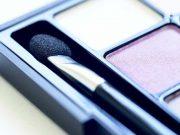 daftar merek branded kosmetik kecantikan produk makeup artist mua varian terbaru bahan alami fungsi kegunaan jenis macam kelebihan kekurangan import luar negeri asal jepang asli kandungan review blogger vlogger