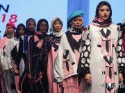 event foto gambar koleksi rancangan desainer fesyen modest wear jogja fashion week 2018 kota yogyakarta merek lokal indonesia berkualitas bagus kece kekinian ngehits keren