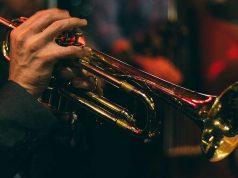 daftar jadwal agenda konser pertunjukan musik jazz aliran genre tahunan indonesia musisi penyanyi lokal internasional terkenal populer playlist rundown jam berapa berlangsung di kapan bagus