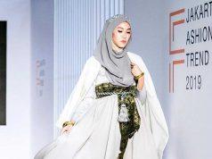 event terbaru jakarta fashion trend 2019 perkembangan dunia industri mode designer pakaian baju busana merek lokal dunia internasional global show
