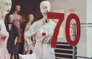 jenis macam produk fashion item pakaian baju wanita cewek model koleksi merek branded cantik bagus keren belanja butik mall beli online shopping