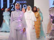 liputan event jogja fashion parade 2019 colours model management asmat pro sekolah modeling modest wear rancangan pakaian busana desainer lokal merek brand indonesia