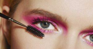 jenis macam fungsi kegunaan mascara peralatan perlengkapan makeup kosmetik artis kecantikan manfaat riasan mata bulu eyebrow cara menggunakan