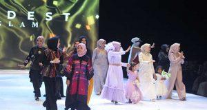liputan event modest wear show model desainer lokal indonesia fashion week ifw 2019 pakaian busana rancangan koleksi tema konsep terbaru