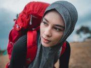 merek tas produk branded lokal eiger peluncuran launching rilis koleksi hijab and women series full range cewek wanita petualang pakaian peralatan outdorr muslimah