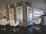 tips cara memulai bisnis salon kecantikan memberi nama beauty clinic therapist khusus cewek wanita perawatan treatment memberi hoki mudah diingat