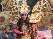 event acara agenda kegiatan pariwisata solo batik carnival 2019 atraksi menarik parade fashion jadwal rundown terbaru liputan foto desainer