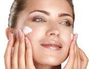 jenis macam produk kosmetik makeup kecantikan kesehaan kulit wajah day night cream pagi malam kegunaan fungsi manfaat perbedaan kandungan cara pemakaian
