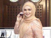 rilis launching perluncuran produk makeup kosmetik kecantikan simplysiti toko online offline siti nurhaliza malaysia indonesia beli di mana bahan review kelebihan kelemahan