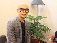 Arman Armano merupakan makeup artis Indonesia ternama yang memiliki lembaga pendidikan