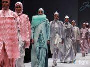 Jeny Tjahyawati bersama merek sepatu lokal Indonesia tampil di ajang Miami Modest Fashion Week