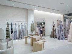 Sapto Djojokartiko membuka flagship store pertama di Plaza Senayan Jakarta menampilkan koleksi pakaian terbaru