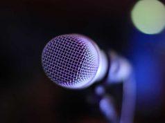 Tips cara teknik public speaking benar mengatasi grogi berbicara depan publik orang banyak