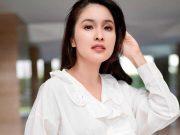 Sandra Dewi mengonsumsi vitamin C untuk menjaga daya tahun tubuh