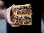 Sando Sando hadir di Jakarta menyajikan aneka sandwich ala Jepang