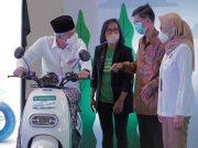 Aplikasi ojol Grab memesan lebih dari 6.000 sepeda motor listrik di Kota Semarang
